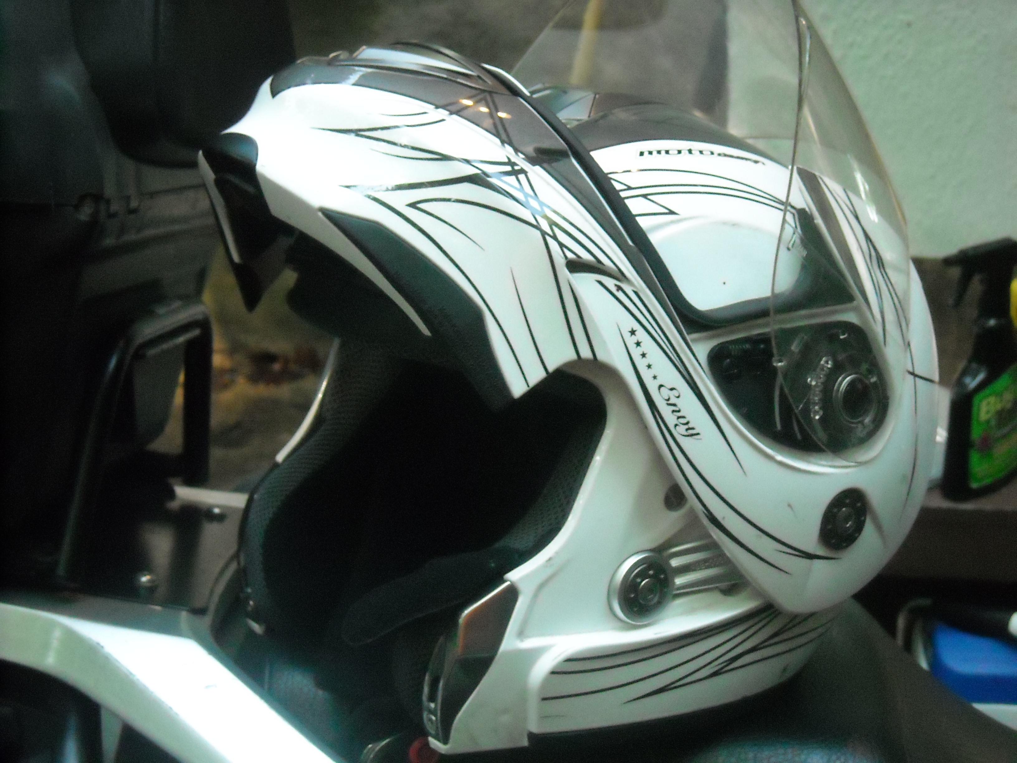 Suzuki S Helmet Lock