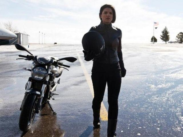 Haywire Star Gina Carano Rides A Ducati Zen Motorcyclist 174